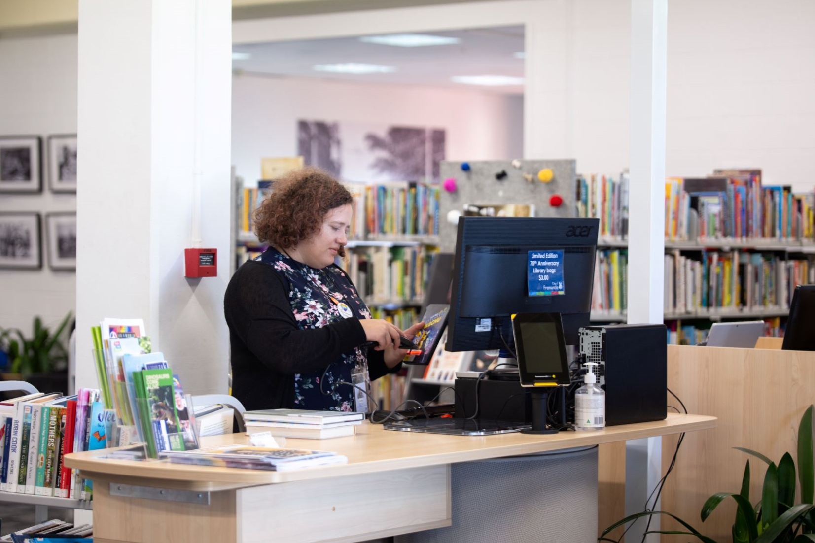 Fremantle Library customer service desk